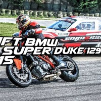 Drift Bmw vs Super Duke 1290 r 2015